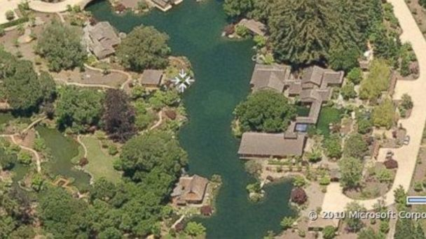 PHOTO: Larry Ellison's Home in Woodside, Calif.