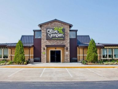Olive Garden Apologizes to Kansas City Cop