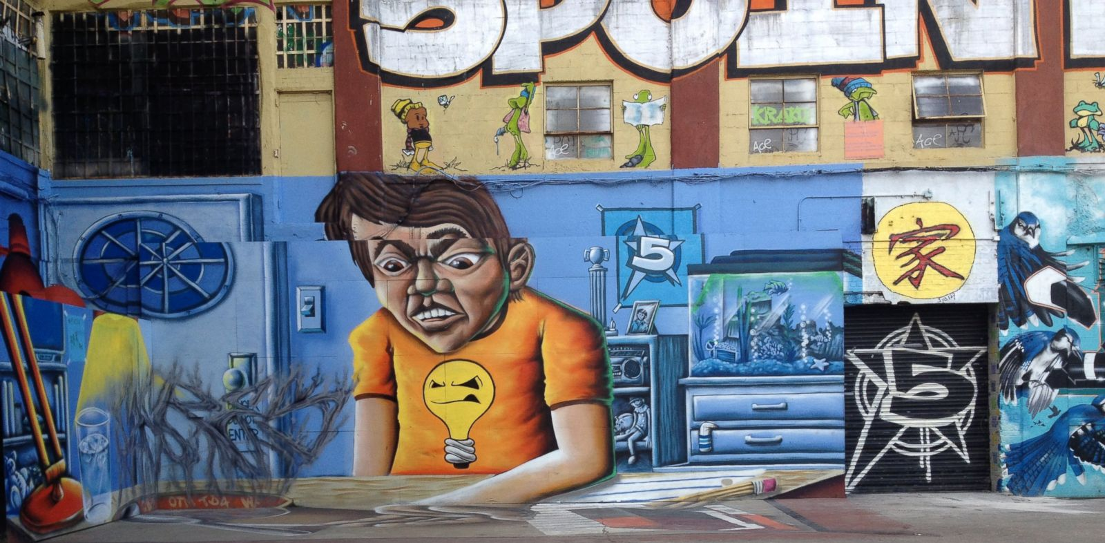 PHOTO: Developers trying to make way for luxury apartments in Long Island City face a legal challenge from artists who spray-painted the walls of the group of buildings known as 5Pointz.