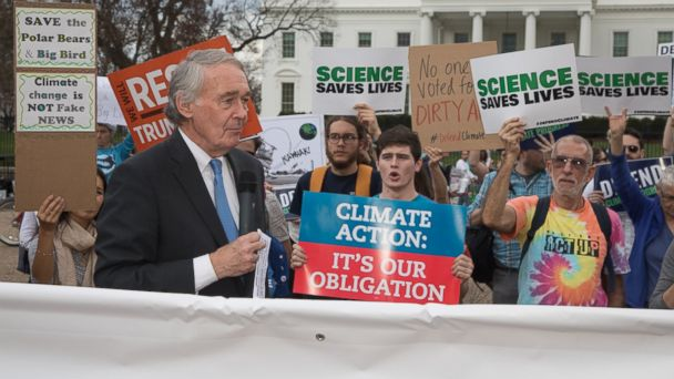 PHOTO: Senator Ed Markey (D-Mass.) speaks to demonstrators gathered in front of the White House in Washington, on March 28, 2017.