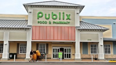 PHOTO: A new Publix store opened, Oct. 9, 2014, is St. Petersburg, Fla.
