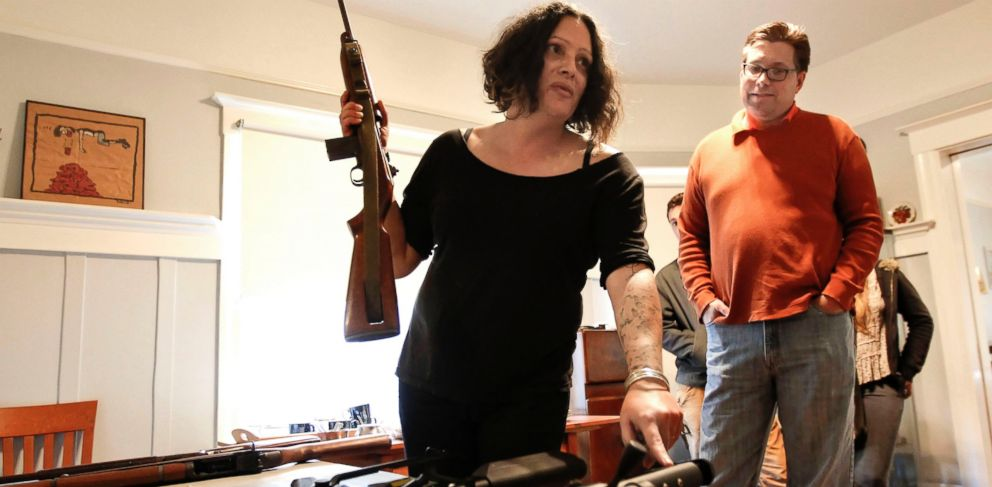 PHOTO: Marlene Hoeber, left, and Eric Wooten, right, of the Northern California chapter of The Liberal Gun, Nov. 16. 2013.