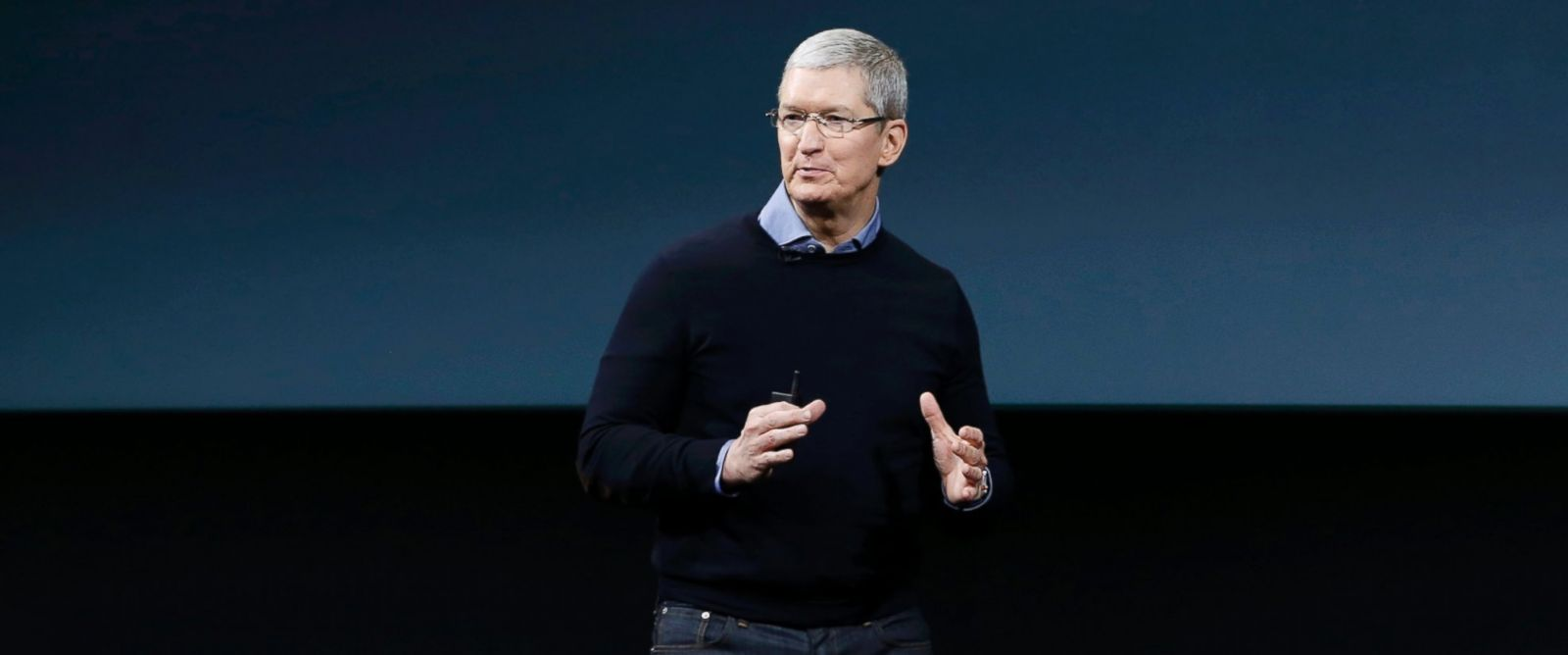 PHOTO: Apple CEO Tim Cook speaks during an event at Apple headquarters, March 21, 2016, in Cupertino, California.