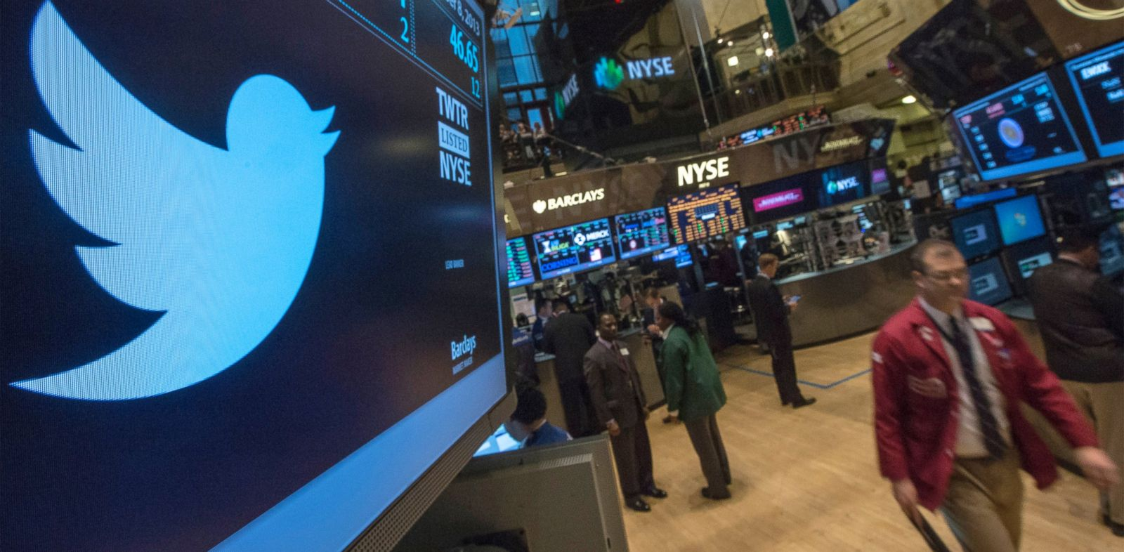 PHOTO: The Twitter logo is displayed on the floor of the New York Stock Exchange, Nov. 8, 2013.