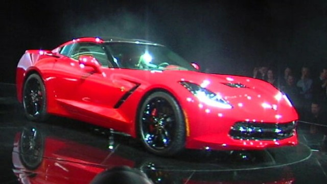 VIDEO: GMs rollout of new Corvette steals the spotlight at Detroit Auto Show.