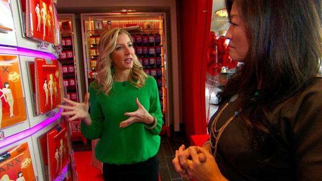 PHOTO: Spanx inventor Sara Blakely talks with ABC's Juju Chang about how her business went from a simple idea to a billion-dollar venture.