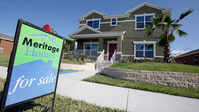 PHOTO: This Dec. 20, 2011 photo, shows a new home for sale in Winter Garden, Fla. U.S. home prices fell in most major cities for the second straight month.
