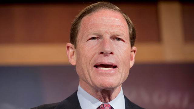 PHOTO: Sen. Richard Blumenthal has called for a Federal Trade Commission investigation into for-profit telemarketers raising money on behalf of household-name charities.