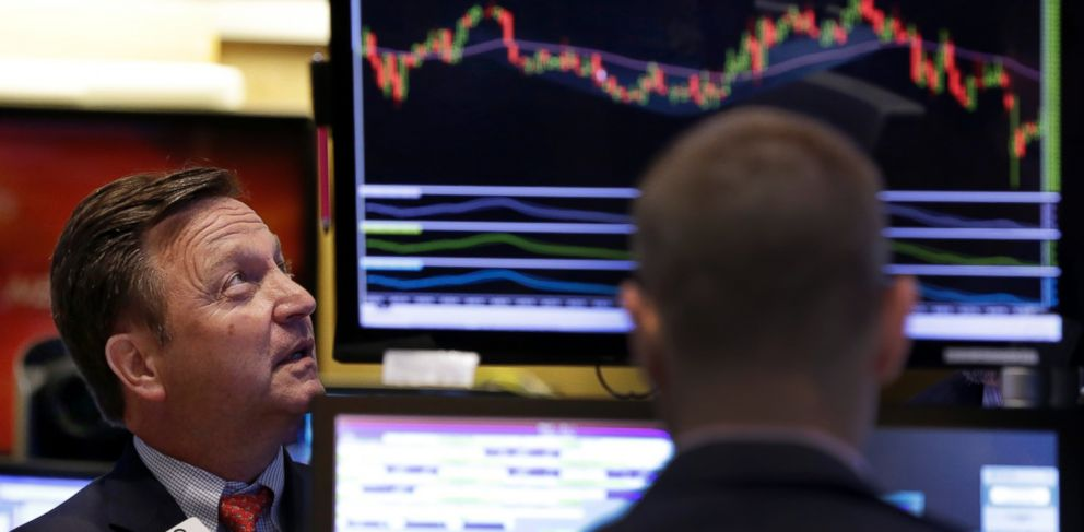 PHOTO: Specialist Thomas Facchine, left, works on the floor of the New York Stock Exchange, Sept. 1, 2015. More signs of weakness in Chinas economy are sending global stock markets sharply lower.