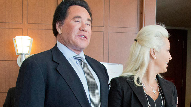 PHOTO: Wayne Newton and his wife Kathleen McCrone Newton speak to members of the media after a court hearing for a counterclaim on a lawsuit filed against them, May 31, 2012, in Las Vegas.