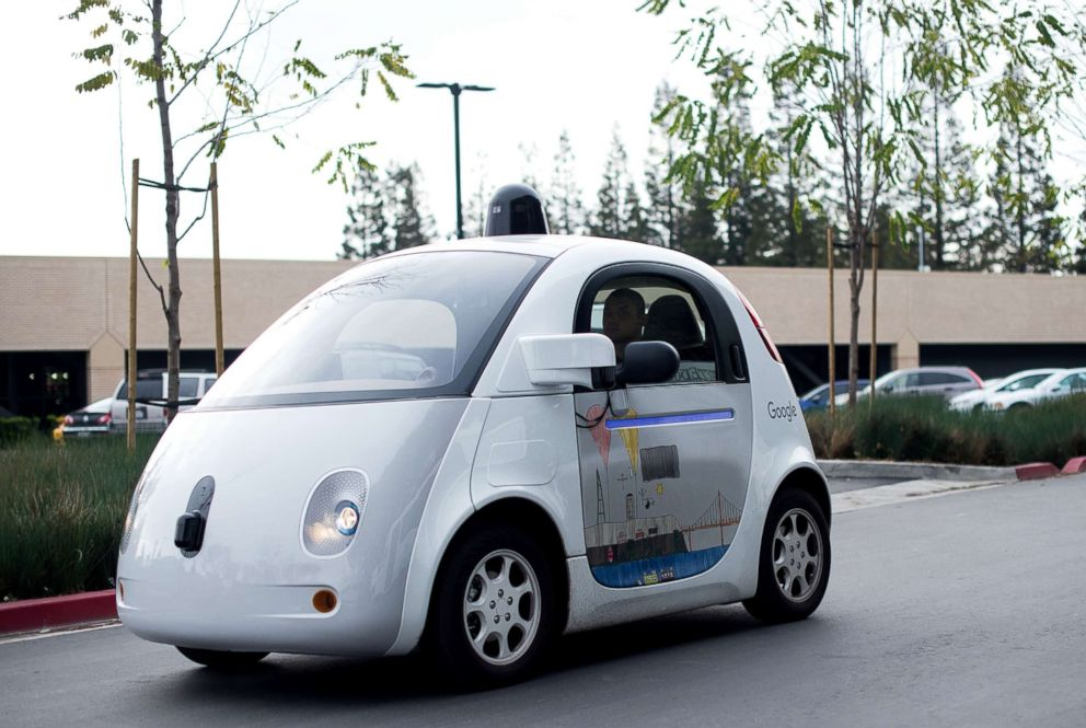 PHOTO: A self-driving car traverses a parking lot at Googles headquarters in Mountain View, Calif. Jan. 8, 2016.