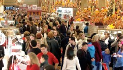 PHOTO: Shoppers clog the aisles at Macy's Department store Nov. 28, 2003 in New York City.