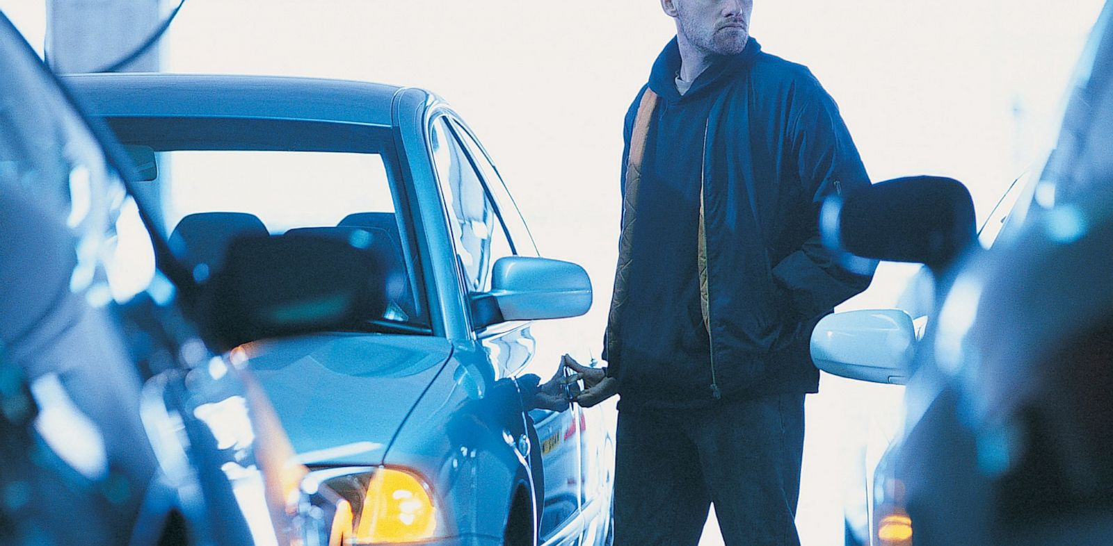PHOTO: Car thief