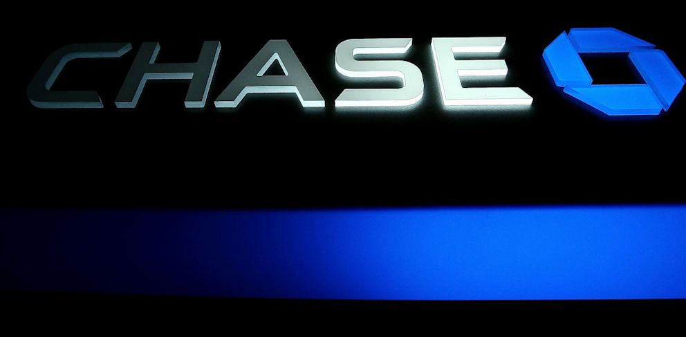 PHOTO: Chase sign