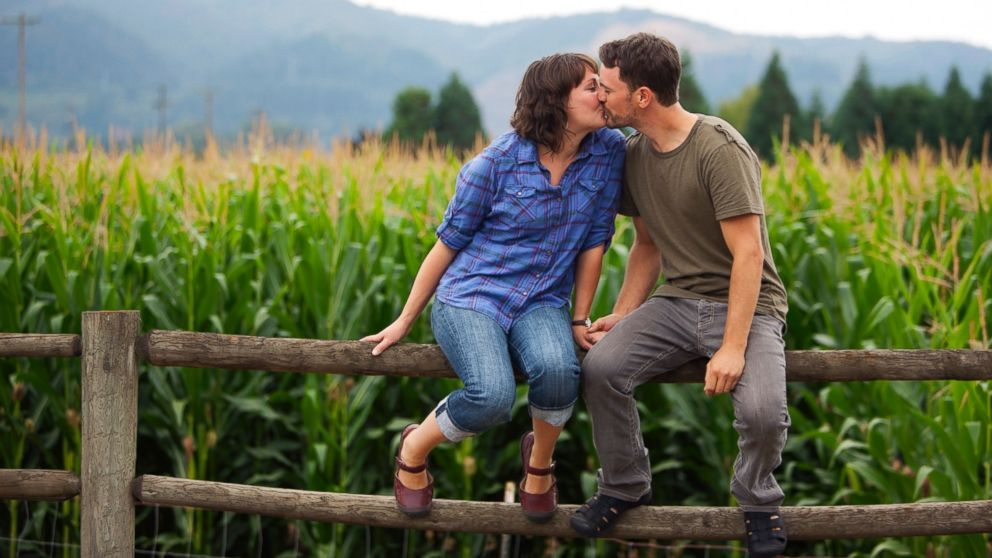 PHOTO: Niche dating services, such as ones for farmers only, are on the rise.