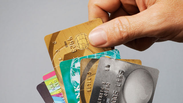 PHOTO: Choosing the right credit card for your