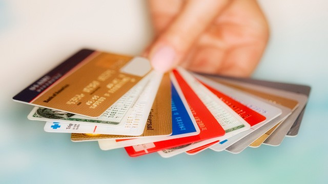 Should You Pay f Your Ex s Credit Cards ABC News