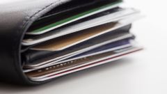 PHOTO: Keep your credit card safe with these 6 easy tips.
