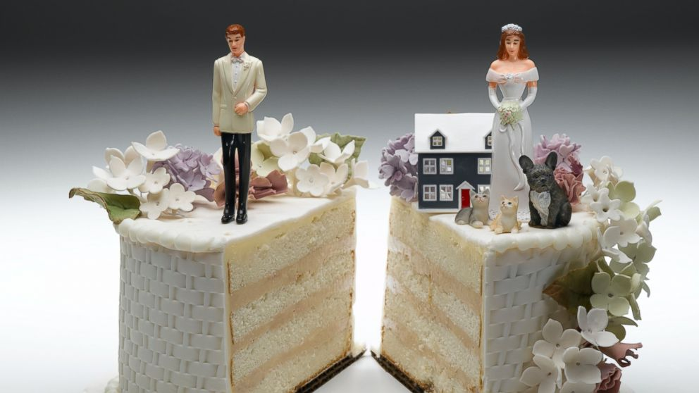 PHOTO: Divorce is expensive, and making money mistakes along the way can make it even more costly.