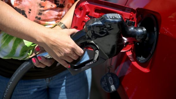 http://a.abcnews.com/images/Business/gty_gas_pump_kb_140829_16x9_608.jpg