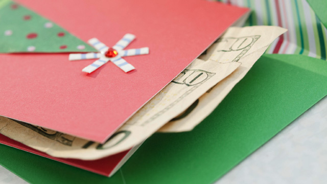 PHOTO: Holiday card with tip money