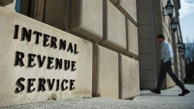 PHOTO: A man walks into the Internal Revenue Service building in Washington, D.C. on March 10, 2016.