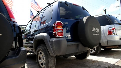 gty jeep chrysler wblog Chrysler to Provide Trailer Hitches to Late Model Jeeps