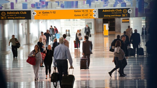 PHOTO: Passengers walk though John F. Kennedy International Airport's Terminal 8,  Queens, New York, Oct. 22, 2010.