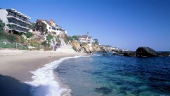 PHOTO: Woods Cove Beach, Laguna Beach, CA