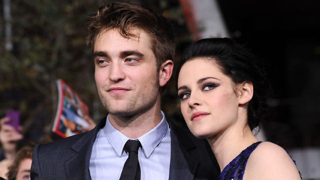 PHOTO: Robert Pattinson, left, and Kristen Stewart, right, arrive at the premiere of Summit Entertainment's
