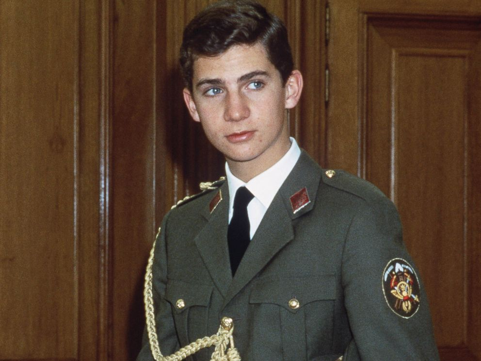 PHOTO: Crown Prince Felipe on January 23, 1986, at the Zarzuela Palace in Madrid for his swearing-in ceremony as Crown Prince.
