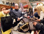 PHOTO: People shop on the first floor of Macys department store, Nov. 23, 2012 in New York.