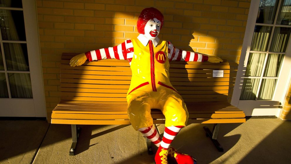 PHOTO: A Ronald McDonald statue sits on the porch of the Ronald McDonald House, in Chicago, Illinois on November 15, 2011.