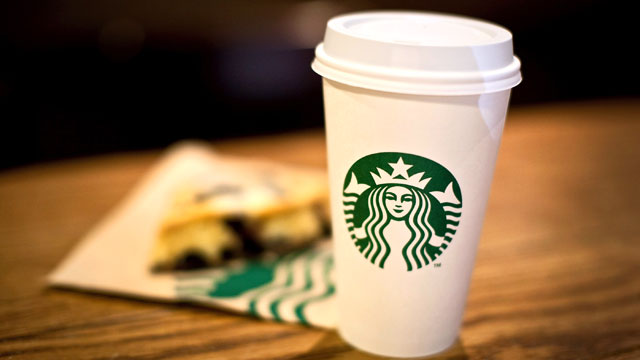 PHOTO: The Starbucks Peppermint Hot Chocolate has 470 calories and 20 grams of fat.