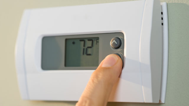 PHOTO: Getting a programmable thermostat that can automatically lower temperatures when you?re asleep or away from home is one way to save on your energy bill.