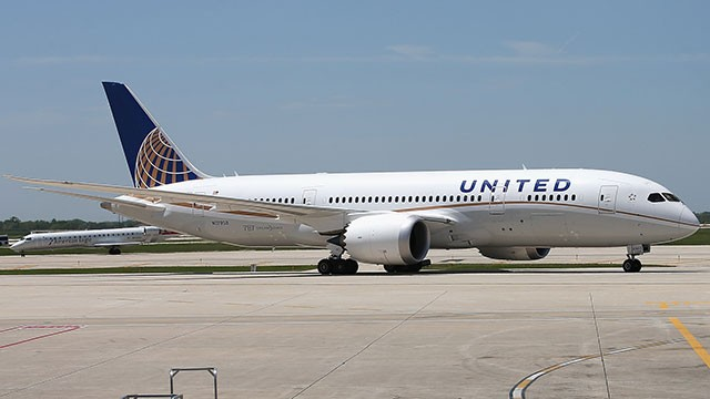 PHOTO: A United Airlines Boeing 787 Dreamliner (not pictured) made an emergency landing in Houston on June 23, 2013.