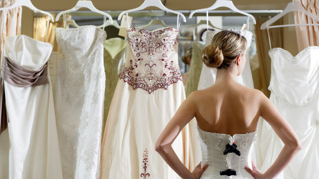 PHOTO: Get tips for how you can save money when you buy a wedding gown.