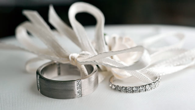 PHOTO: Wedding Rings