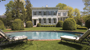 Hamptons real estate rebound