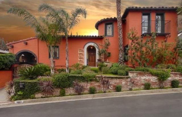 'Parks and Rec' Star Buys Home