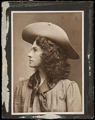 Annie Oakley Auction Items