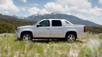 PHOTO: 2012 Chevy Avalanche