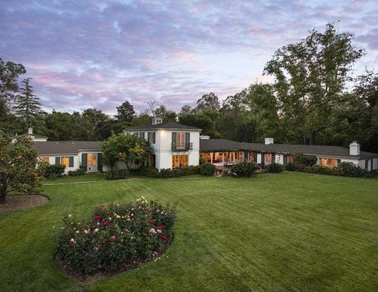 Drew Barrymore Lists $7.5 Million Home