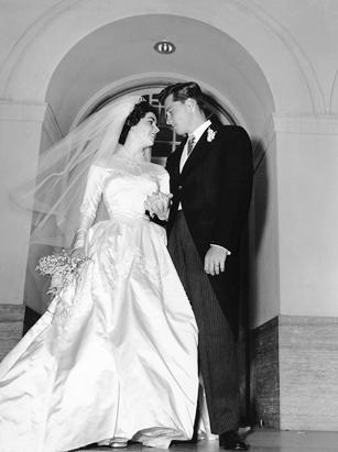 Liz Taylor's First Wedding Gown Sold
