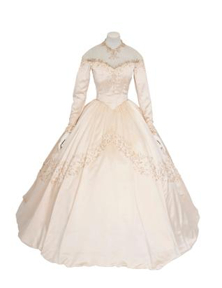 Liz Taylor's First Wedding Gown on Sale