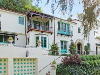Photos: Gwen Stefani's Old Home Up for Sale
