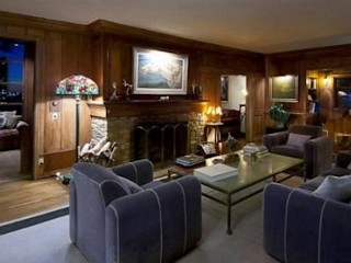 Photos: Jane Fonda, Boyfriend Sell LA Home
