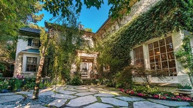 Jessica Simpson Lists Home for $7.995 Million