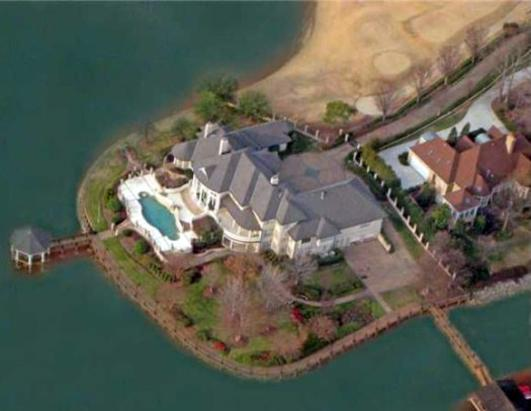 Michael Jordan Buys N.C. Home