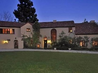 Photos: Pop Star Lists Calif. Home for $6.9M